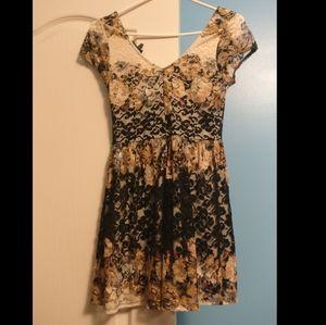 🏷️2/$20 Top Shop Floral Lace A-Line Dress